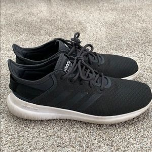 Adidas cloudform size 9 sneakers